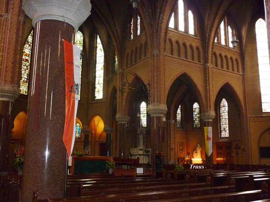 kaarsenrechtsvoorindekerk